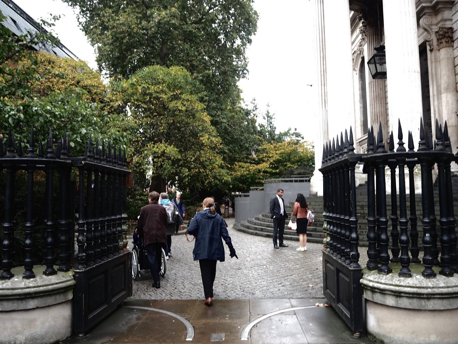 LONDON DIARY I. 19