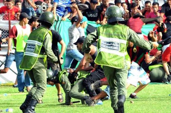 الرياضة والعنف و سبل معالجة هذه الظاهرة