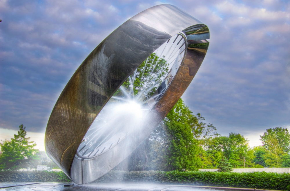 18 Amazing Fountains From All Over The World That Are Real Works Of Art - 71 Fountain, Ohio, USA