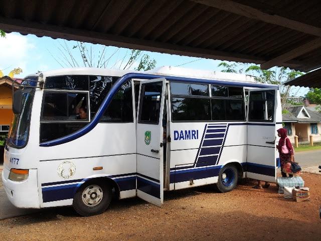 Damri menuju Pulau Karas