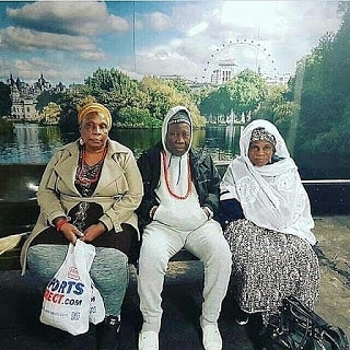Royalty: Olubadan of Ibadan shows off swag with his wives in Canada