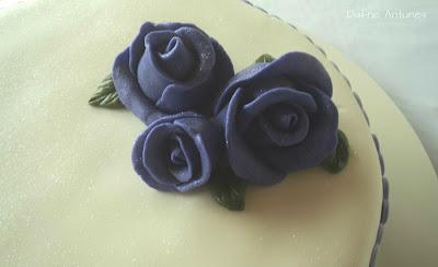 rosas em pasta americana