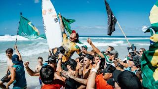 SURF - Gabriel Medina repite la gesta de 2014 y se proclama campeón del mundo en la World Surf League 2018