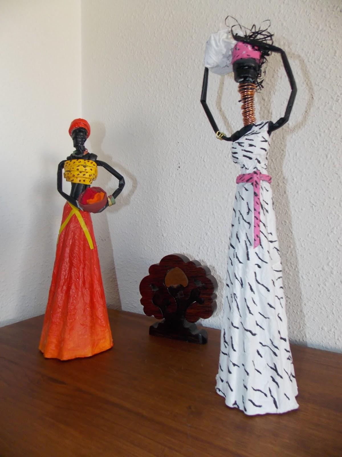 Africanas de papel