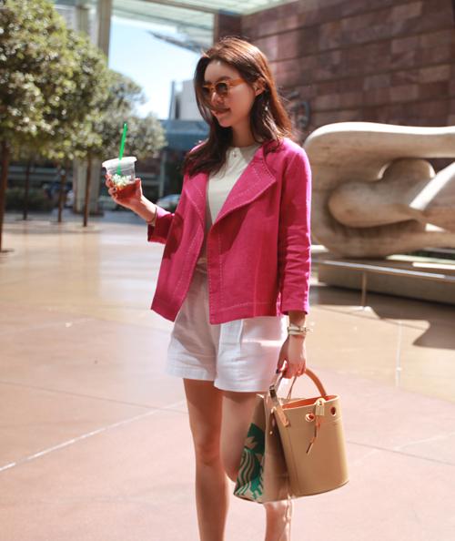 Contrast-Toned Stitch Blazer
