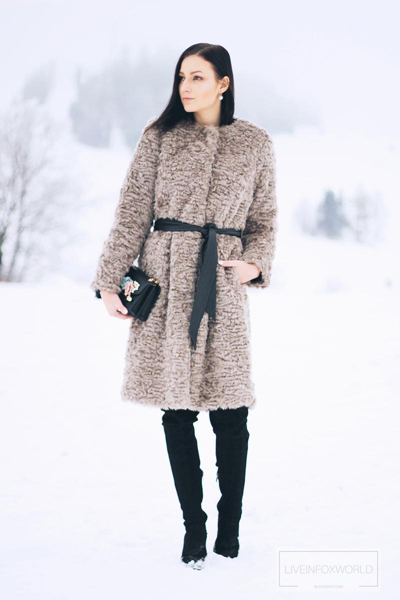 kabát z umelej kožušiny