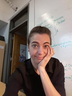 Femme déçue, bureau