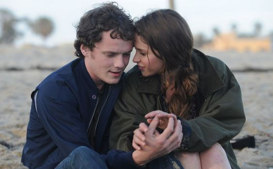 felicity-jones-anton-yelchin-like-crazy-2011