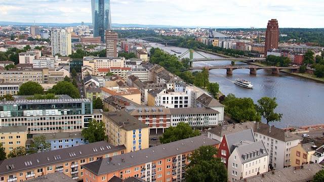 Vista da Torre da Catedral de Frankfurt