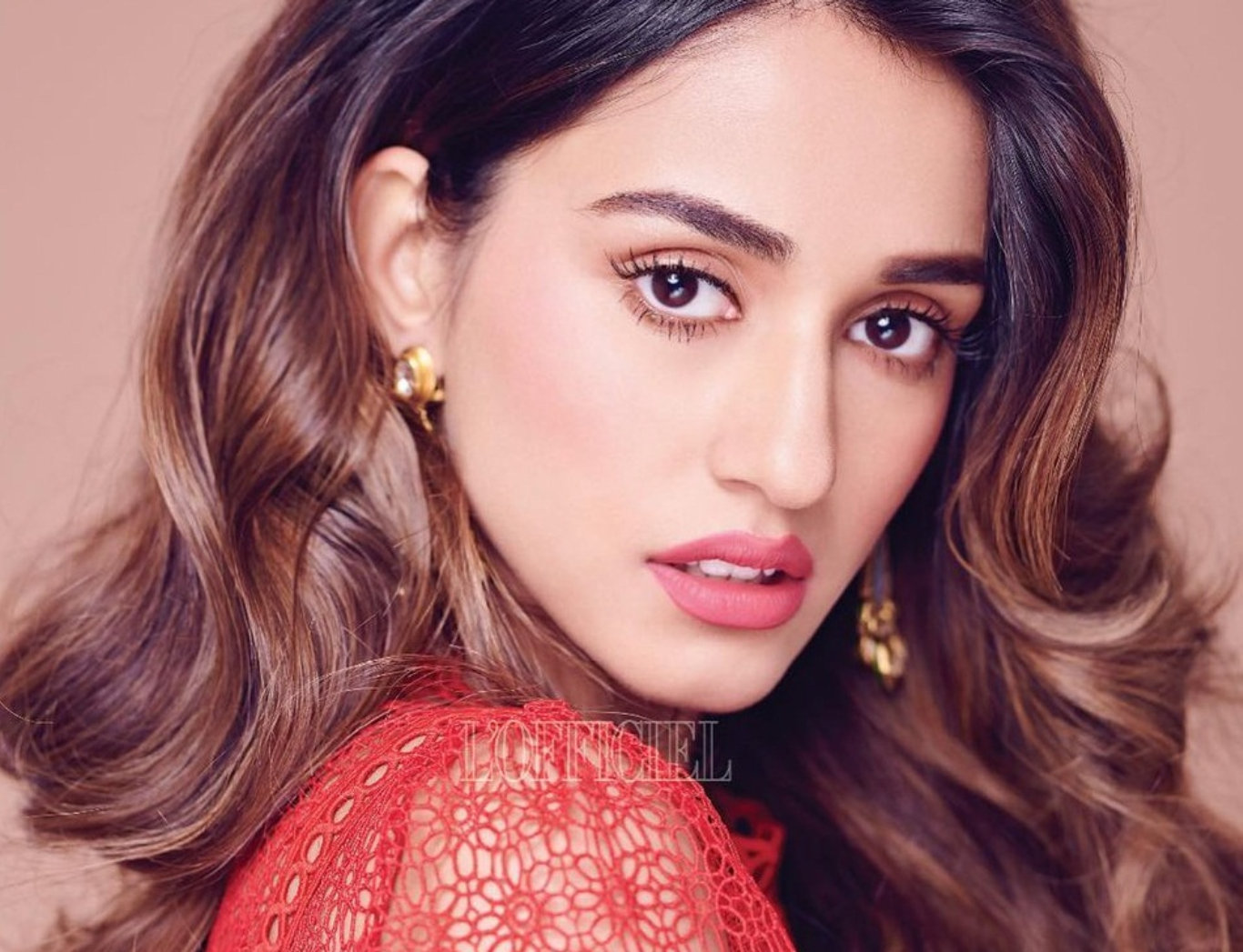 Disha Patani Beautiful HD Wallpaper