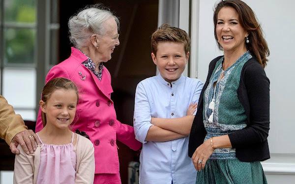 Crown-Princess-Mary-Danish-Royals-Holiday-6.jpg