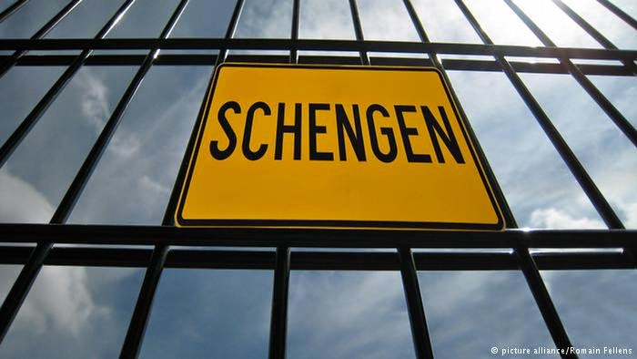 http://www.dw.de/privacy-a-central-issue-in-new-schengen-database/a-16729422