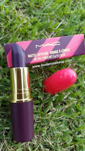 M.A.C Nutcracker Sweet 'Leap Of Delight' Matte Lipstick - www.modenmakeup.com