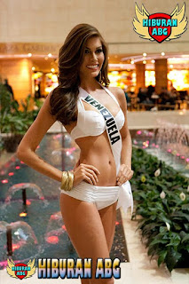 Miss-Universe-Bikini-2013-4