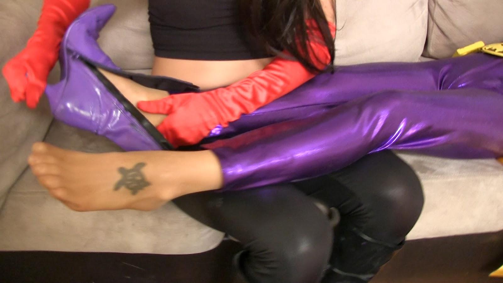 Batgirl bondage stockings photo 767