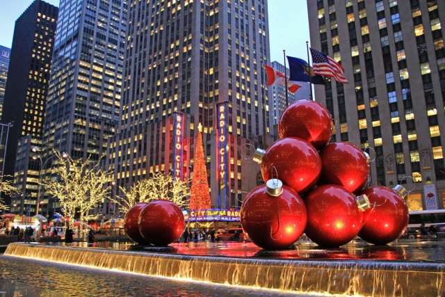 christmas-time-new-york-radio-city-hall-poracci-in-viaggio