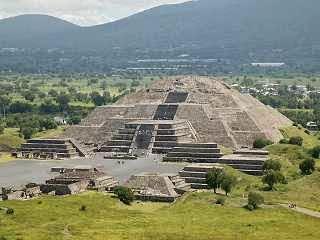 10 Bukti Eksistensi Alien Pada Kebudayaan Kuno, teotihuacan