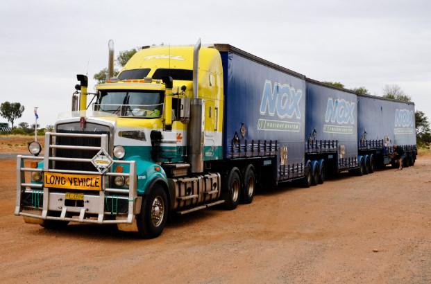 truk terbesar gandeng di australia