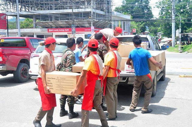 1pc Chicken Joy Simple Wish for  PH Troops in Marawi, Gets Seenzoned by Jollibee, Concerned Citizens to the Rescue.