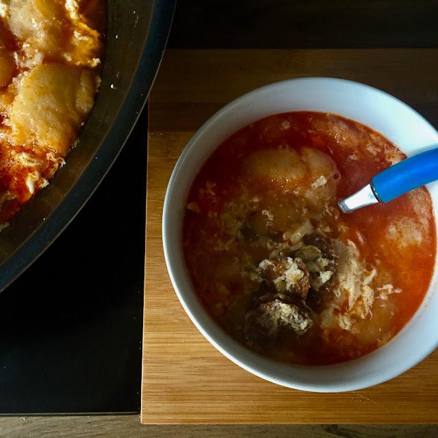 🥘 zupa czosnkowa z chorizo