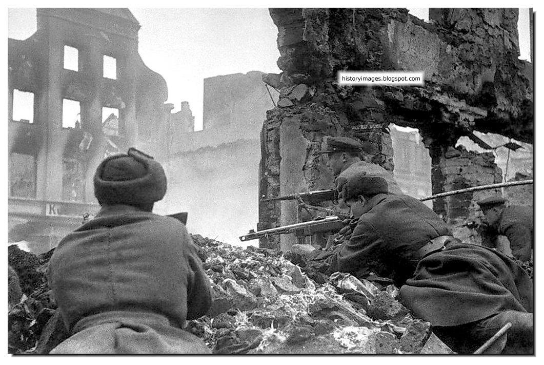 HISTORY IN IMAGES: Pictures Of War, History , WW2: 1945: The