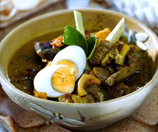 makanan khas Jogja Soto-Sulung-Stasiun-Tugu