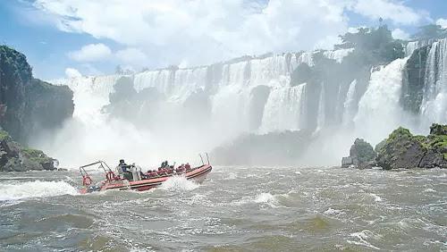 Iguazo Boat Ride