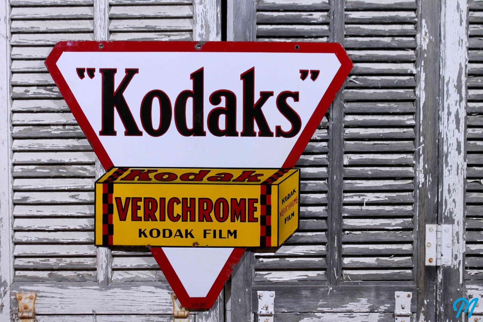 plaques maill es anciennes enseignes publicitaires atelier d fense d 39 entrer plaques de. Black Bedroom Furniture Sets. Home Design Ideas