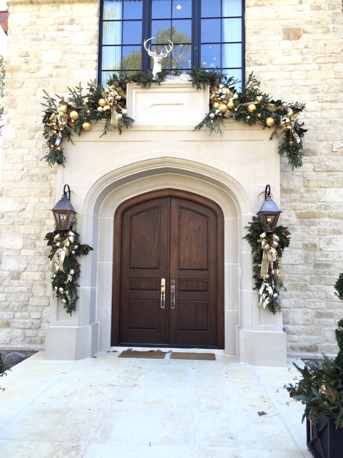 Gorgeous Christmas decorations at elegant Home for Holidays showhouse in Atlanta - Hello Lovely Studio