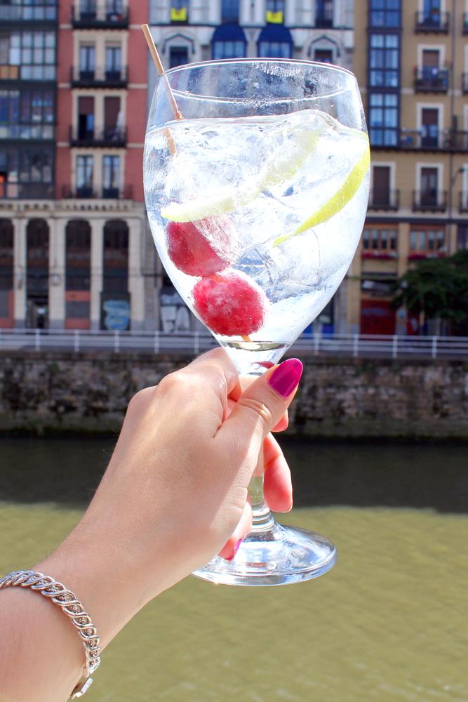G&Ts in Bilbao, Spain - London travel blog