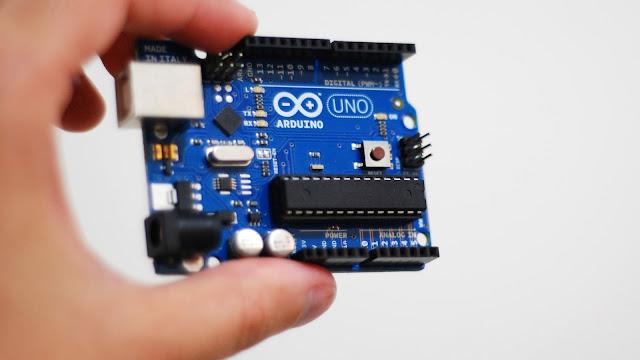 Belajar Arduino - Memahami Variabel dan Tipe Data