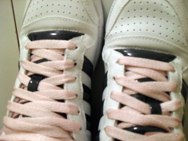 tênis branco de cano alto