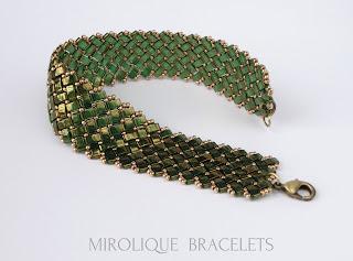 зеленый браслет, день рождение, подарок сестре, подарок маме, женские браслеты,  красивый подарок
