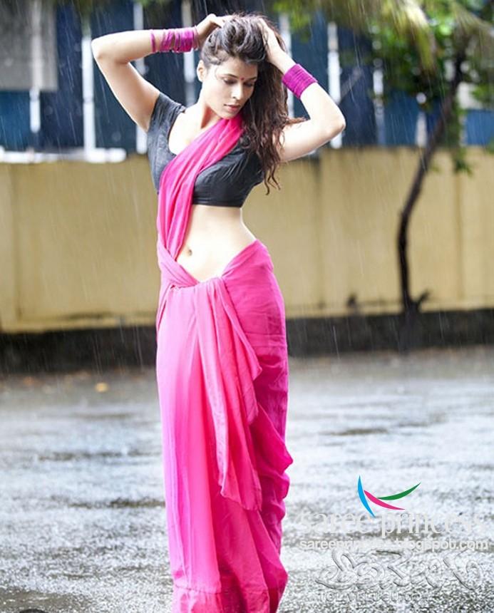 Hot B Grade Actress Jyothi Rana Creamy White Midriff