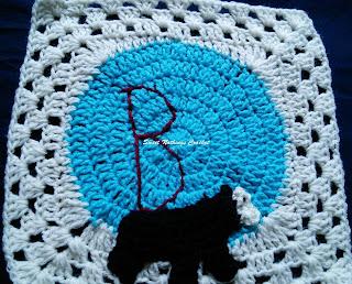 free crochet pattern, free crochet mitered granny square pattern, free crochet bear motif, free crochet mountain bear motif, free crochet black bear motif, free crochet bear square pattern, Oswal Cashmilon, Pradhan stores, Project Chemo Crochet,