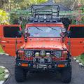 """Jeep Taft Badak """"Si Cantik Orange"""" Pangdam III/Siliwangi Mayjend TNI Besar Harto Karyawan Makin Cantik Dengan Aksesoris Ratusan Batu Akik"""