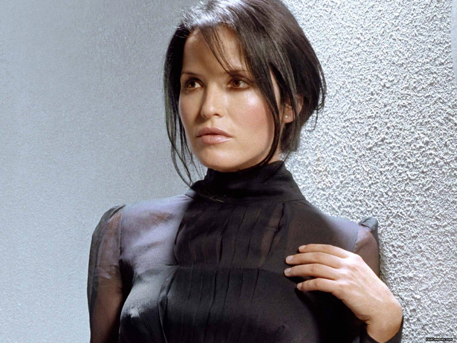 Hot Andrea Corr nudes (13 photo), Topless, Is a cute, Feet, braless 2006