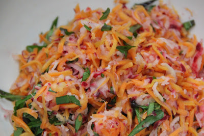 http://www.cookclub1.com/2015/06/radish-and-carrot-salad.html