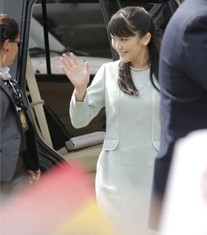 Bolivia at the Colonia Japonesa San Juan Princess Mako style, fashion dress