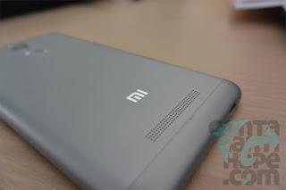 Xiaomi Redmi Note 3 - lubang speaker masih saja diletakkan di sisi belakang bawah