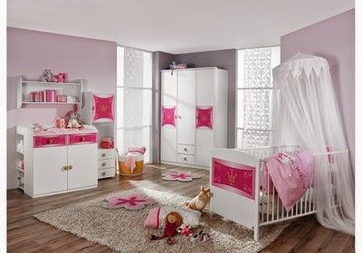 Cuarto rosa gris bebé