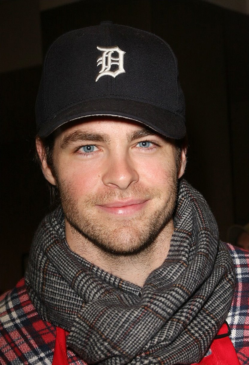 Chris Pine On The Set Of One Day She Ll Darken: HD Wallpapers (High Definition)