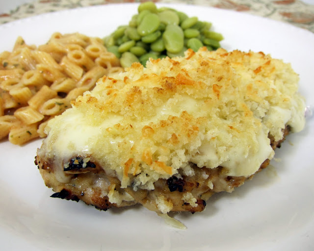 Garlic Parmesan Crusted Chicken - copycat from LongHorn Steakhouse ...