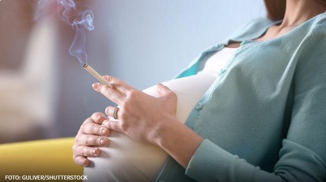 Žene koje vole pušenje