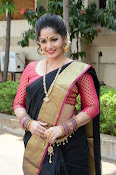madhavi latha latest pics-thumbnail-5