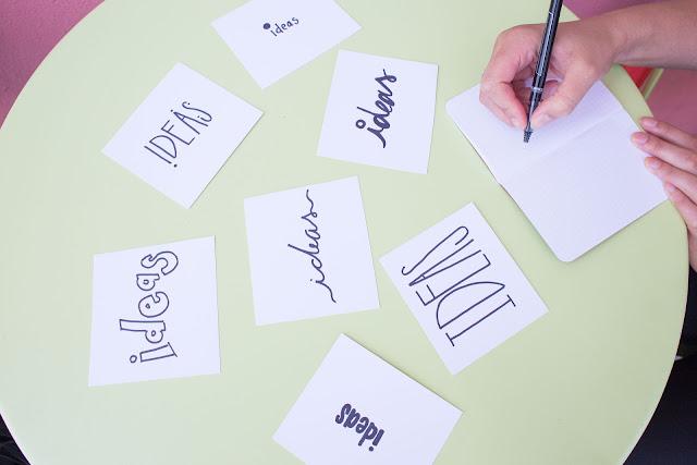 nauka języków, brainstorming, burza mózgów