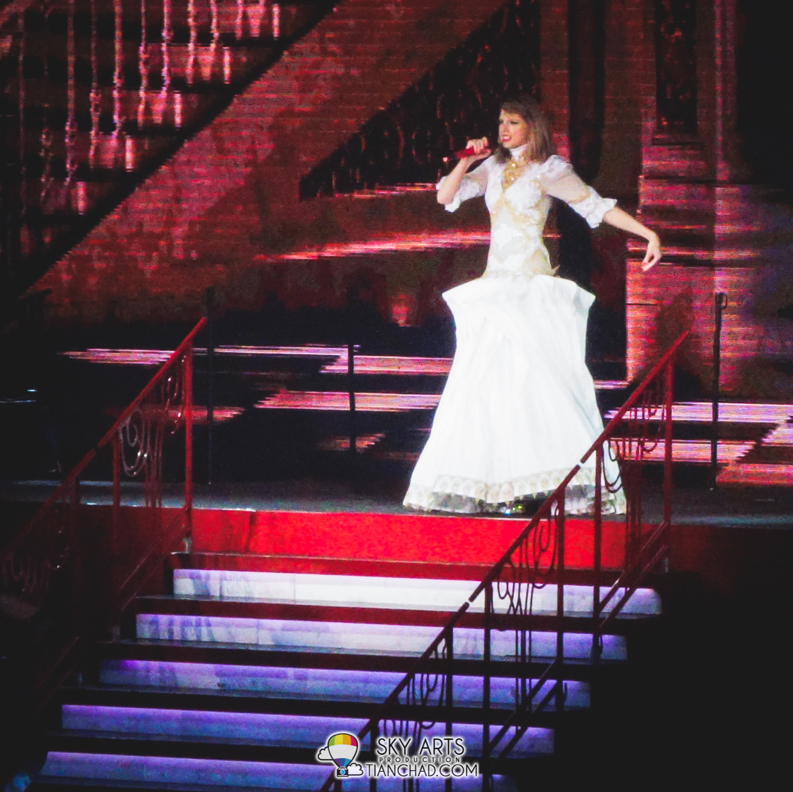 Taylor Swift in her Princess White Dress