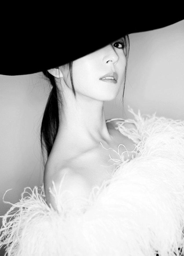 Releasing Classic Photo, BoA Announces Comeback With Full Album!