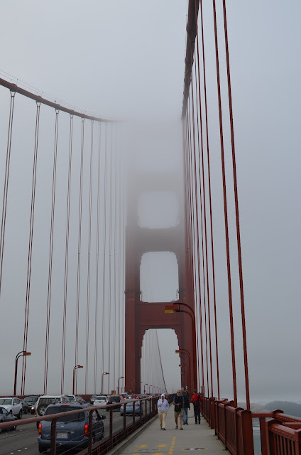 Golden Gate Bridge com fog.