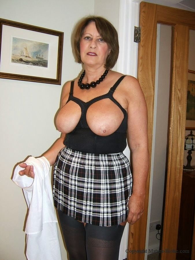 Busty granny is hornier than ever c o n c h i t a - 2 9